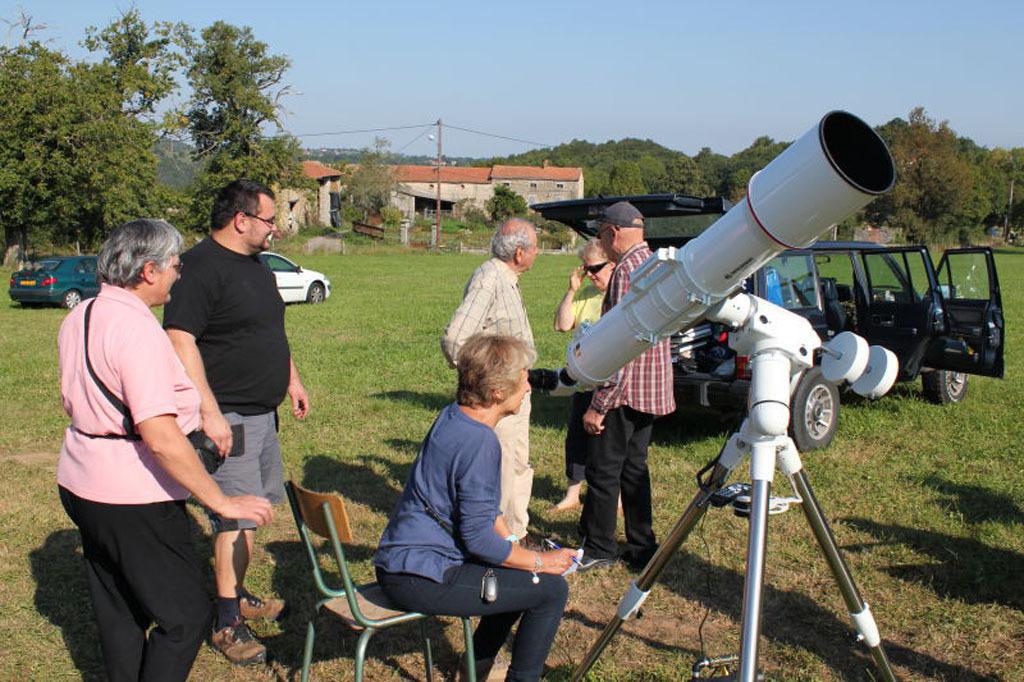 NEA2011 - CARA - Collectif d'Astronomie de la Région Auvergne - Astronomie Auvergne